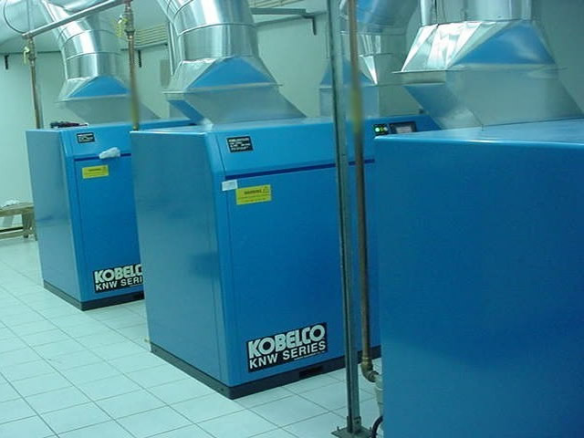 Kobelco Rotary Screw Oil-less Air System